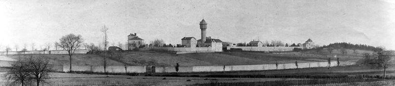 31fde80664d019 L Observatoire de Lyon vers 1890, vu de l Ouest. L abri de l instrument (à  peine visible à l extrême droite sur cette image) est encore celui d origine,  ...